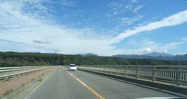 黄色い橋1.jpg